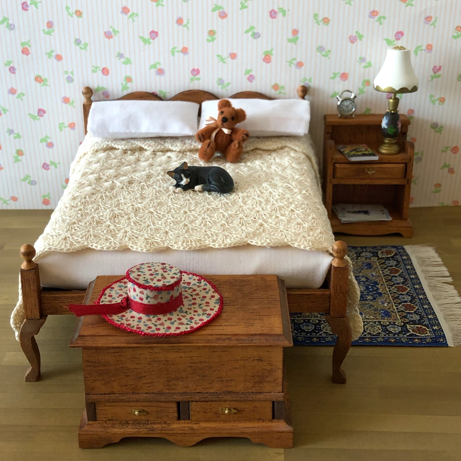 crocheted_bedspread.jpeg